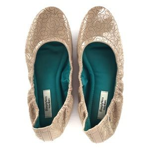 Simply Vera VERA WANG Patent Leather Ballet Flat